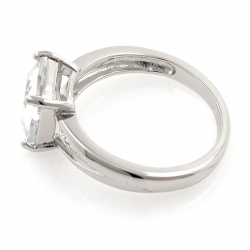 White topaz ring and 925 silver
