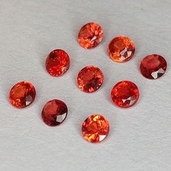 Red Songea Sapphire Round Cut 2,1-2,9 mm 1ct