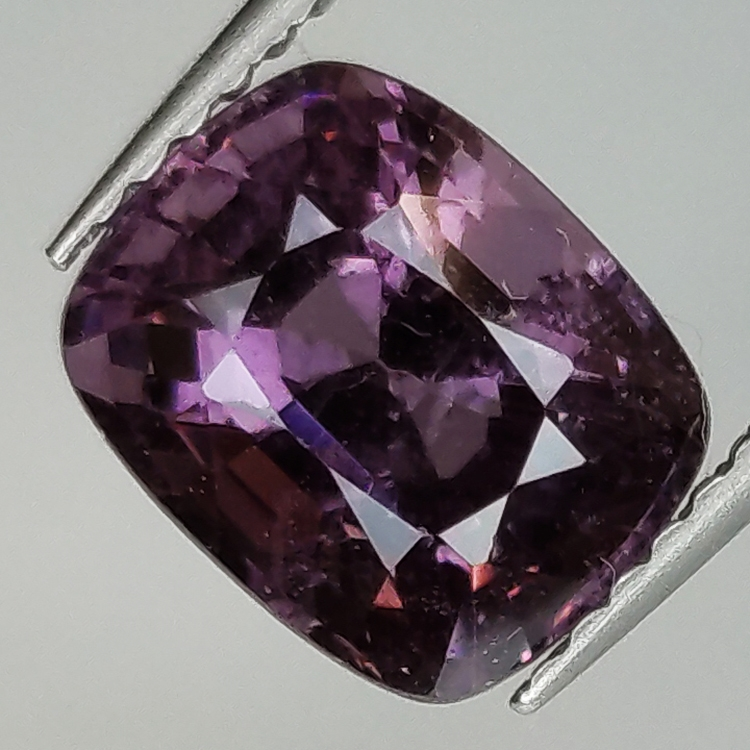 2.90ct Spinel Purple cushion size 8.6x7.0mm