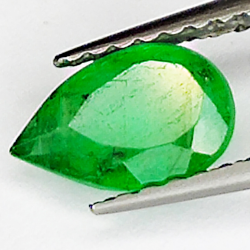 0.63ct Emerald pear cut 7.4x4.9mm