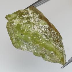 18.17ct Green rough Sphene 21.4x13.0mm