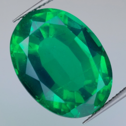 20.57ct Synthetic Emerald with Oval Cut Quartz Doublet 20.6x15.3mm